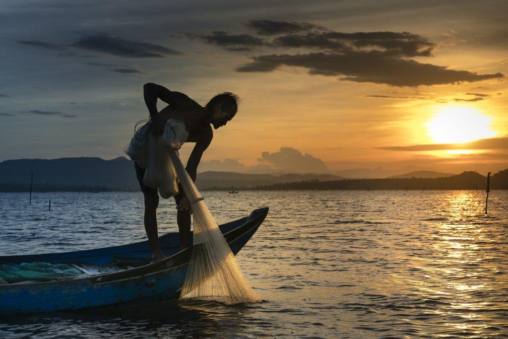 Бизнесменът и рибарят