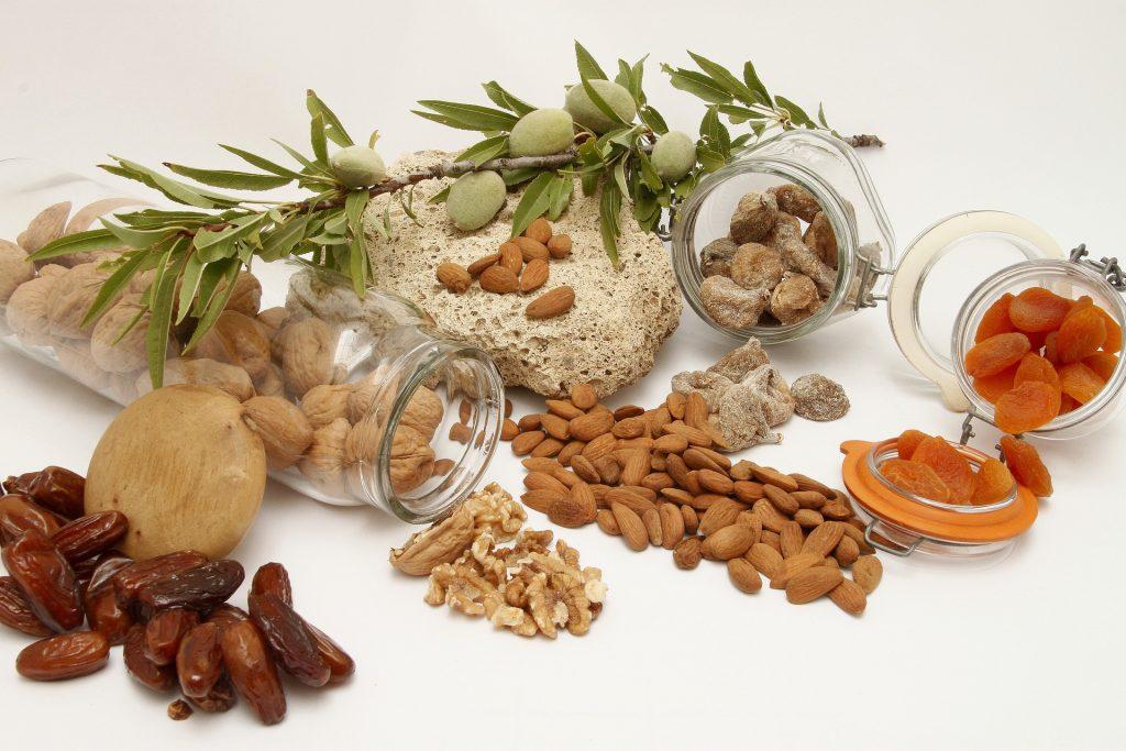 Ползи от накисването на ядки и семена