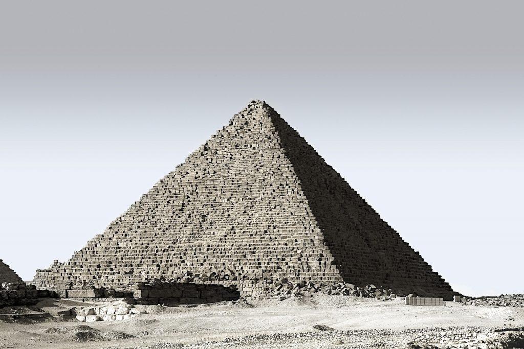 Невероятни факти за египетските пирамиди