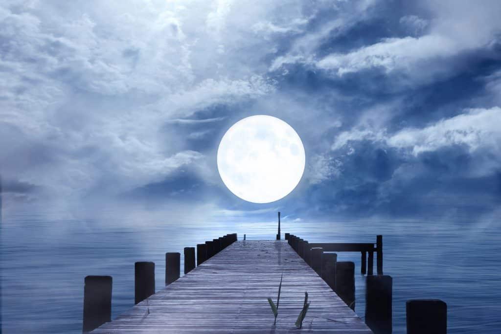шестнадесети лунен ден - пълнолуние