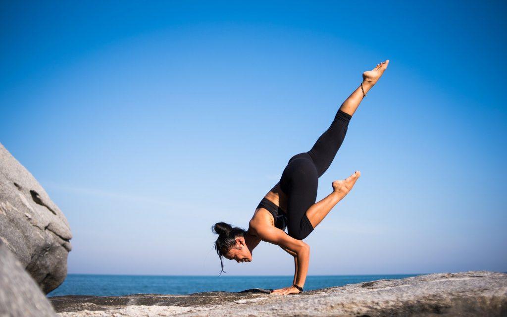 Съвети за лятната йога практика